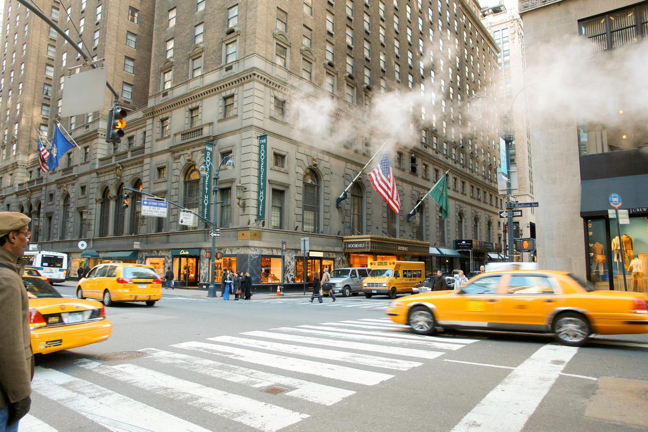 Unn deg en tur i en gul New York-taxi, men bruk undergrunnen når du vil raskest frem.