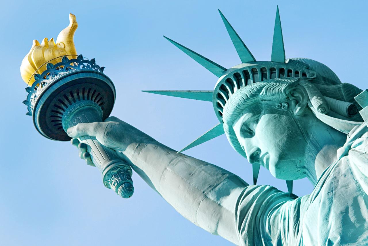 New York, New York! Unngå køene på Liberty Island og beundre Frihetsgudinnen fra Staten Island Ferry i stedet.
