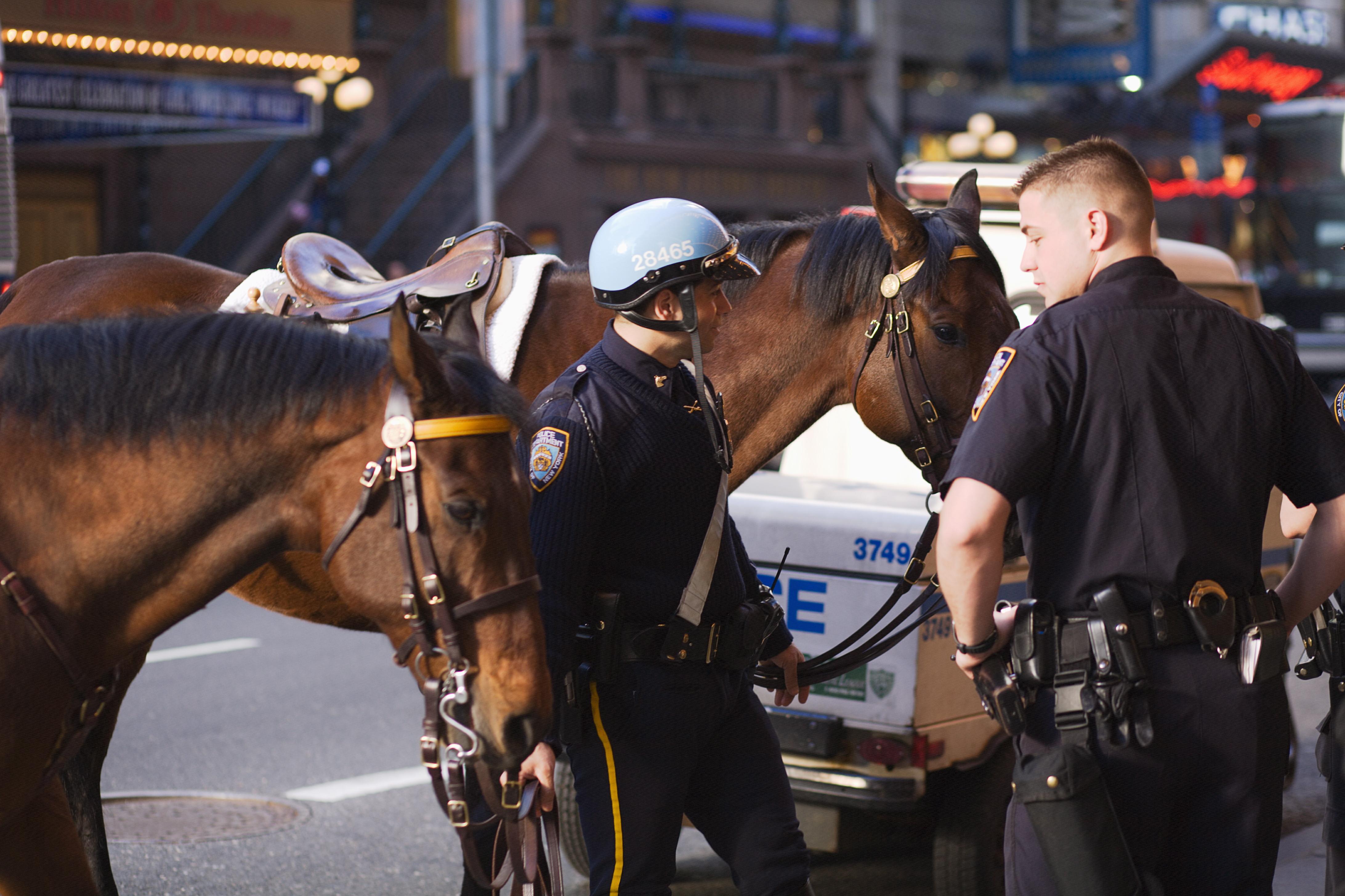 Visste du at det finnes ridende politi i New York? NYPD har også et eget museum i byen der du kan se alt fra uniformer til gamle dokumenter.