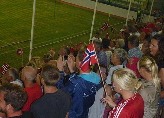 Heia Norge! Det er ekstra gøy å være på fotballkamp når Norge vinner.