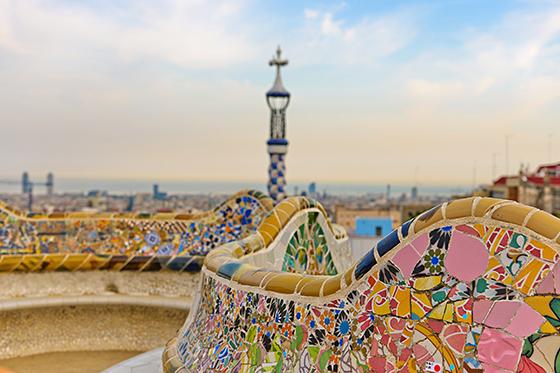 Ta deg tid til å oppleve Barcelonas varierte kunst og kultur.
