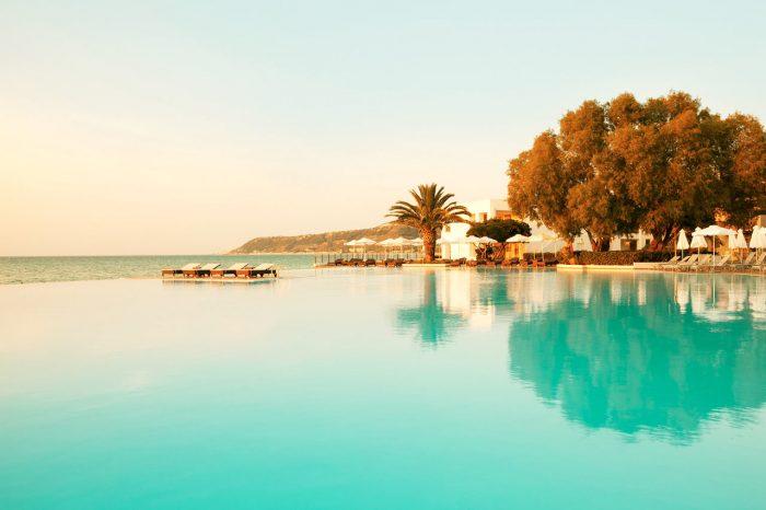 BARNEFRITT PARADIS: «Voksenhotell» høres kanskje litt kjedelig ut, men hvis du reiser uten barn foretrekker luksus og avslapning, er Vings Sunprime-konsept midt i blinken.