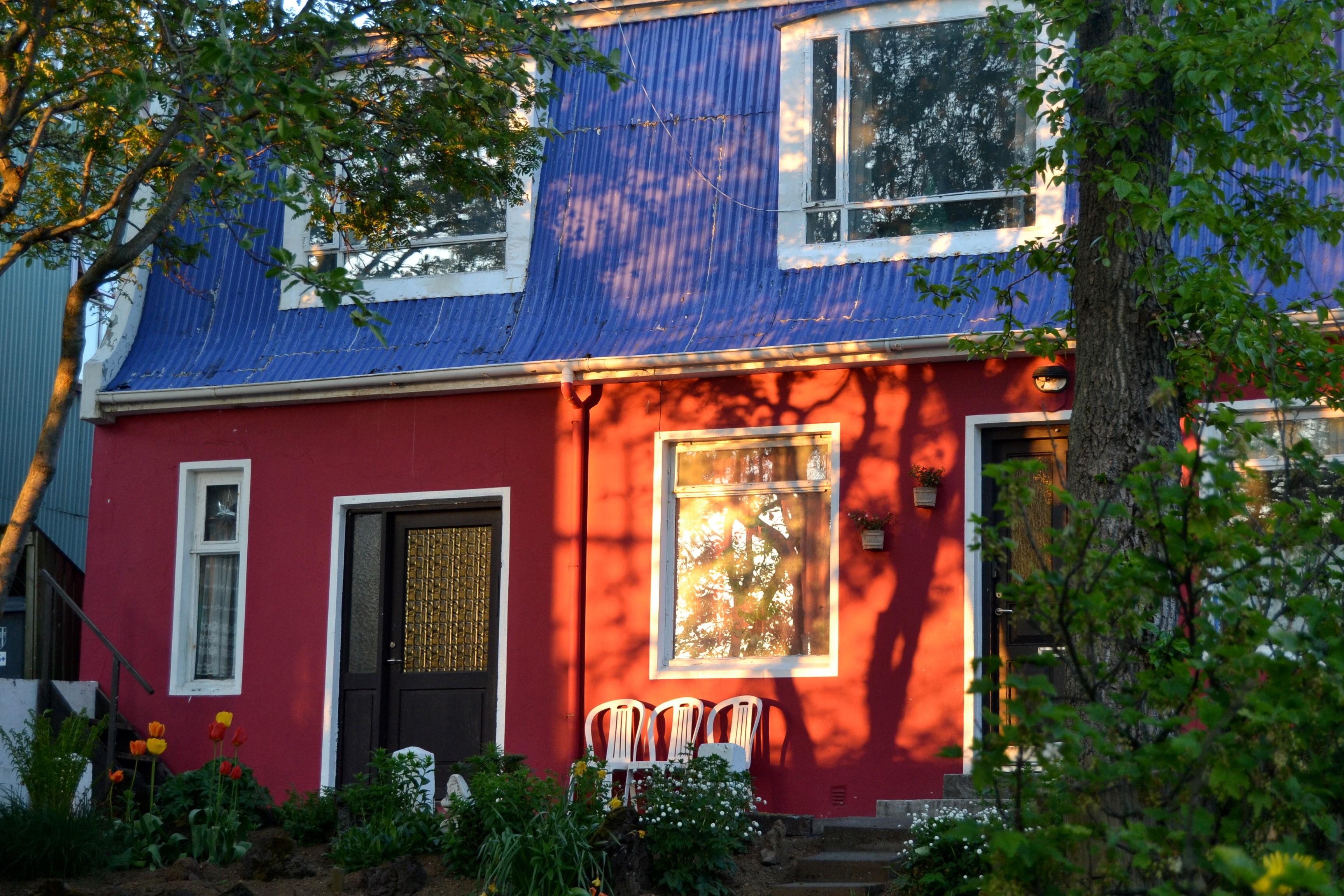 Hyggelig boligstrøk i gamlebyen. Foto: Turid Lismoen
