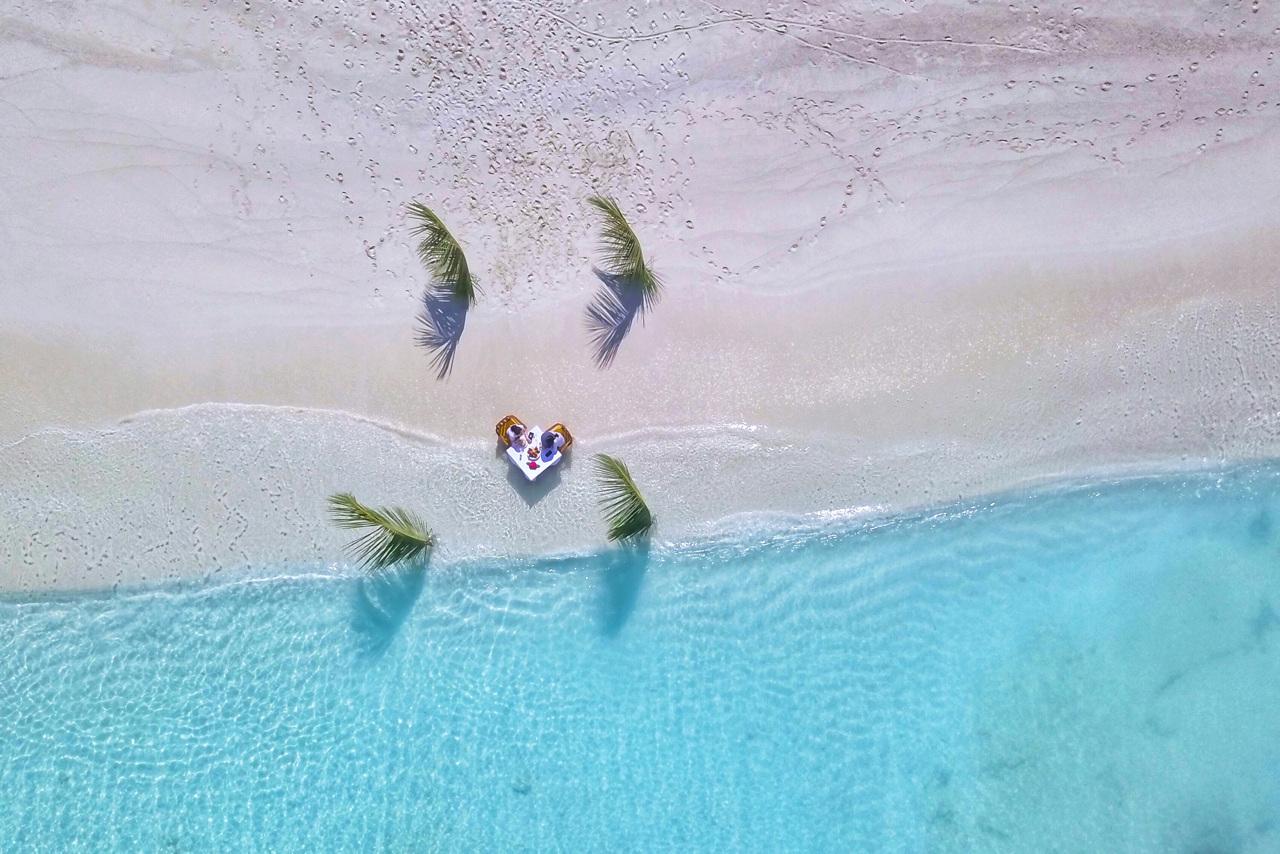Bildetekst: Lyst til å reise? Klikk på bildet!
