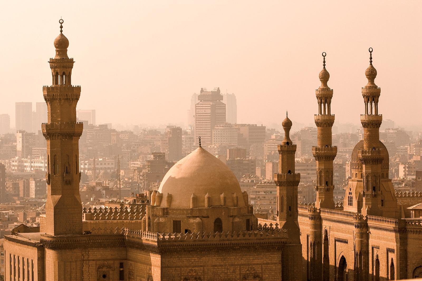 Kairo er en av Afrikas største byer, og å kalle den kaotisk er ikke å ta for hardt i.